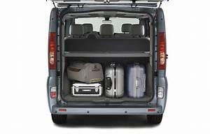 Dimension Renault Trafic 9 Places : location minibus 9 places marseille olympic location ~ Maxctalentgroup.com Avis de Voitures