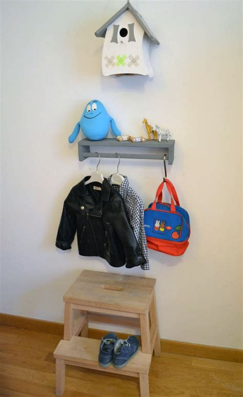 comment peindre une chambre porte manteau pour enfants bidouilles ikea