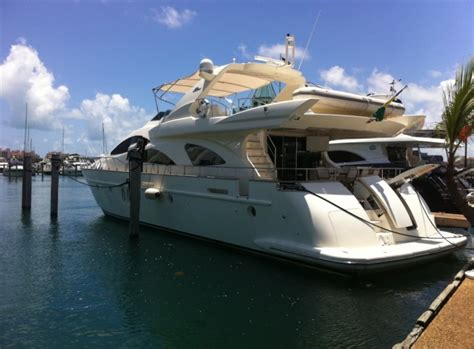 Boat Rental Miami Miami Fl by Miami Boat Rentals And Yacht Charters Sailo