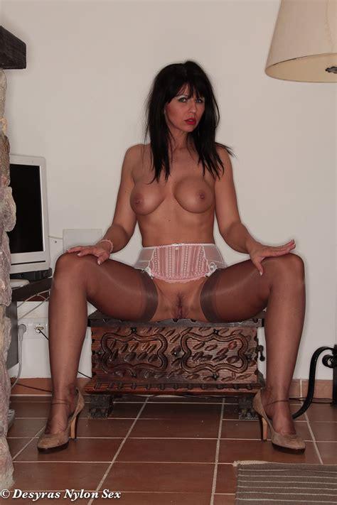 Desyra Noir Sexy German Milf In Stockings Clothing Seduction