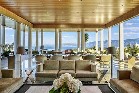 luxury retreats  airbnb