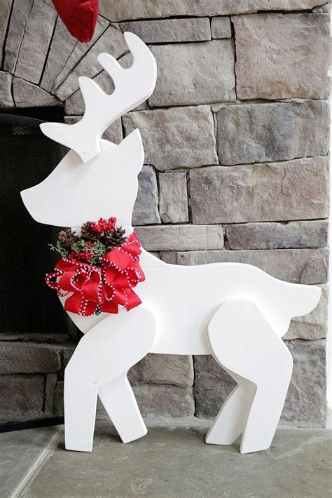 Holz Dekoration Weihnachten by Best 25 Reindeer Decorations Ideas On Diy