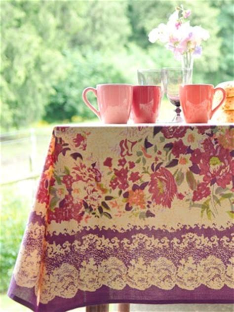 country kitchen tablecloths zhivago tablecloth from april cornell country cottage 2906