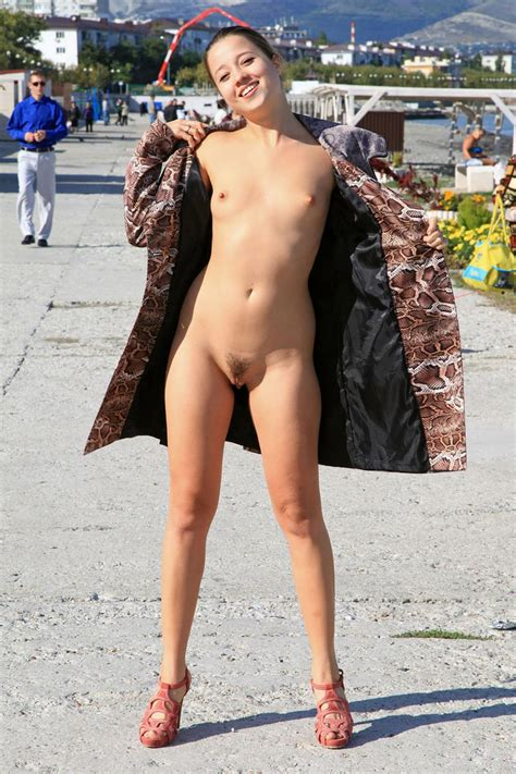 Girl With Very Small Tits Walks Naked At Public Pier Russian Sexy Girls