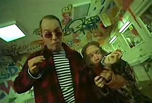 The matrix former in san francisco hunter s thompson for Fear and loathing bathroom scene