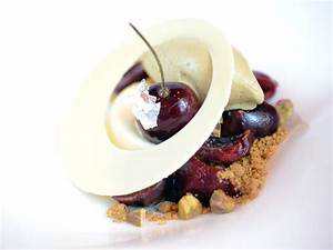 First Look: Early Summer Dessert Menu at Le Cirque, New ...