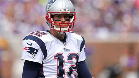 Tom Brady Nfl Resume by Tom Brady S Resume From 1999 Highlights Work At Golf Courses Merrill Lynch Fox Sports