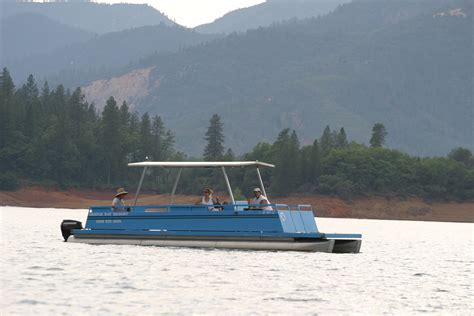 patio boat rentals shasta lake shasta lake patio boat rentals bridge bay marina