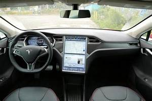 Picture: Other - 2013-Tesla-Model-S-interior-2.jpg