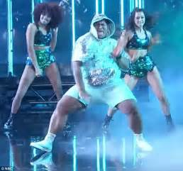 Plus-size dancer shows off his moves on AGT – Express Digest