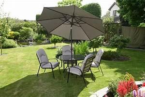 Outdoor Garden Dining Sets; 5 Outdoor Brown Wicker Dining ...