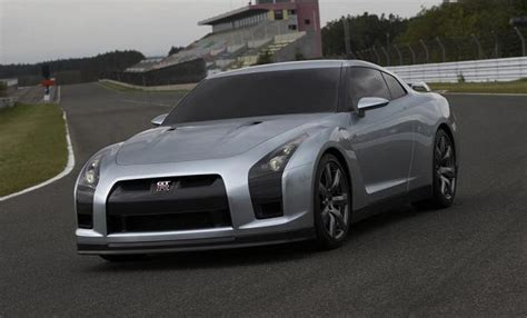 nissan gtr  review design price suvs