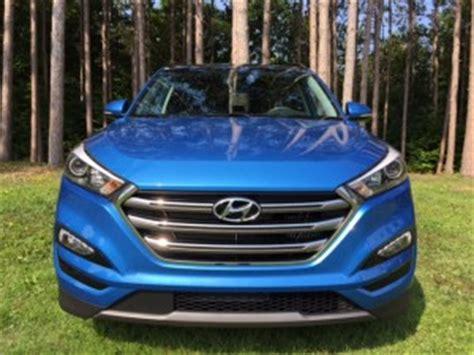 hyundai tucson  stellar blue hyundai cars review