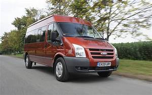 Minibus Ford : ford offers all wheel drive for the transit minibus ~ Gottalentnigeria.com Avis de Voitures