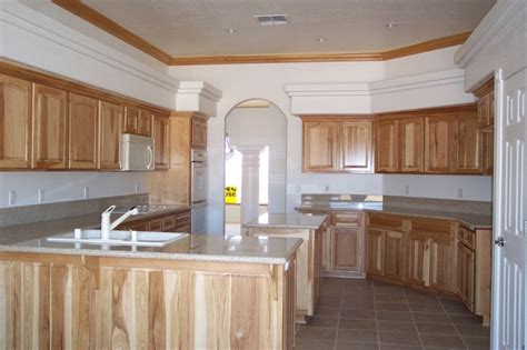 knotty pine kitchen cabinets granite counter tops