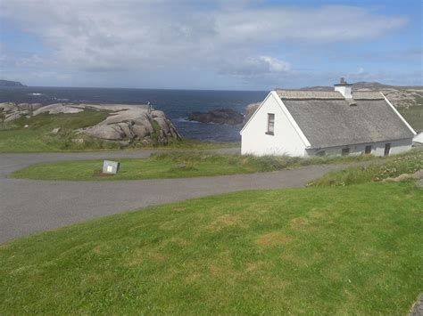 Donegal Cottage Donegal Thatched Cottages Cruit Island Kincasslagh