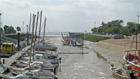 port de la gravette estuaire gironde port des callonges 3