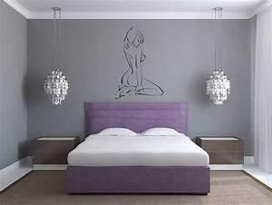 Schlafzimmer Design Grau : grau schlafzimmer gestalten farben mit einem bett von lila ~ Markanthonyermac.com Haus und Dekorationen