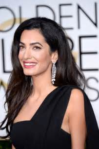 white gold earrings amal clooney steps out without wedding ring arabia weddings