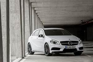 Mercedes Classe A 180 Essence : fiche technique mercedes classe a 45 amg 2013 ~ Gottalentnigeria.com Avis de Voitures
