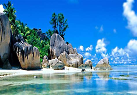 tanjung tinggi beach   specialties