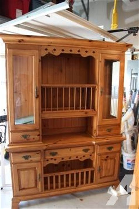 Ducks Unlimited Furniture by Kincaid Ducks Unlimited 226 Game Keeper 226 S Buffet Amp Hutch