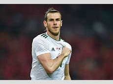 Gareth Bale fuels Manchester United transfer rumours with