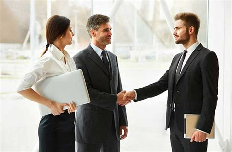 tips  business etiquette  france  french