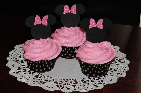 Minnie Mouse Cupcake Decorations. Pink And Gold Glitter