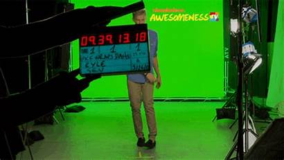 Nickelodeon Action Camera Lights Tv Behind Screen