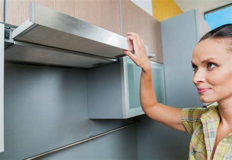 comment installer une cuisine prix d 39 une hotte de cuisine et coût d 39 installation