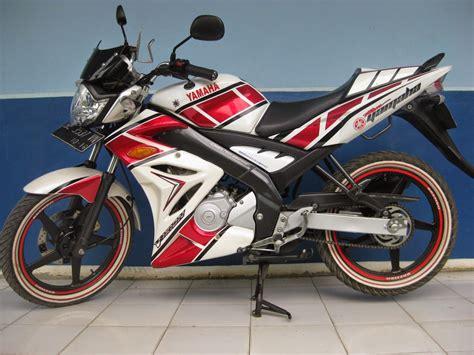 Modifikasi Motor Verza Hitam by Modifikasi Striping Verza Silver Thecitycyclist