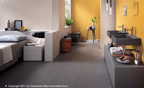 piastrelle bagno colorate bagni colorati pavimenti e rivestimenti in un esplosione