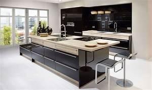 Küche Modern Mit Kochinsel Holz : designbeispiele f r moderne k cheninseln ~ Bigdaddyawards.com Haus und Dekorationen