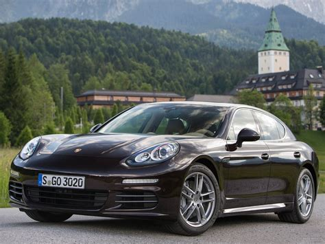 Porsche Panamera Backgrounds by Porsche Panamera Wallpapers And Backgrounds