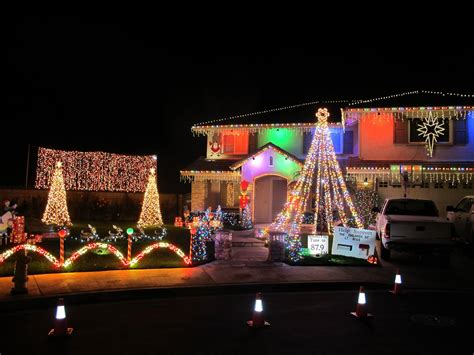 thoroughbred christmas lights 2017 christmas lights in alta loma decoratingspecial com