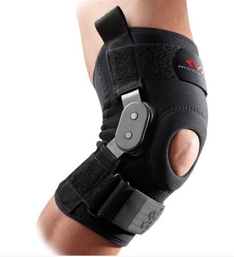 McDavid 429 Knee Brace with Polycentric hinges - M3 Clinic