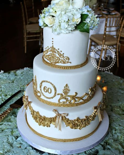 It's not practical to light 60 candles on a cake, but thanks to the vast array of cake decorations available, it's easy to make even the basic of 60th birthday cakes look really special. Glamorous 60Th Birthday Cake - CakeCentral.com