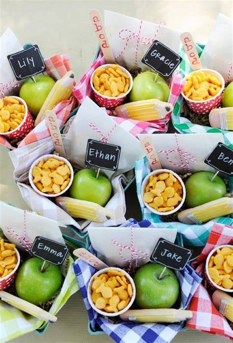 picnic snacks ideas back to school picnic picnic lunches picnics and lunches