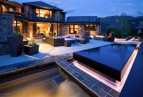 million mountaintop contemporary mansion  aspen