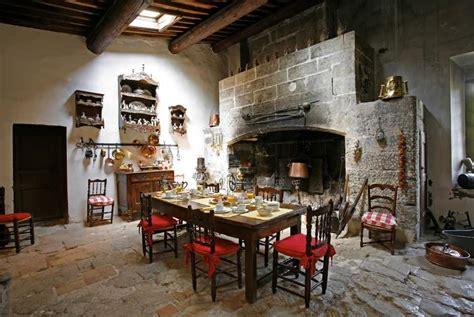 cuisine chateau le château de la barben avignon et provence