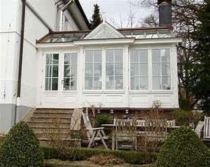 Jc exklusive wintergarten klassische wintergarten im for Balkon teppich mit tapeten englischer stil