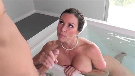 Showing Porn Images For Stepmom Bath Porn Handy