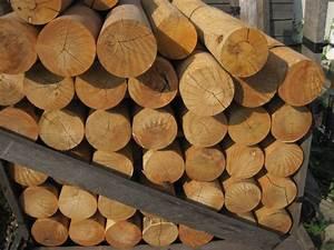 Piquet En Bois Pour Cloture : cl tures piquets et potteaux en acacia cl tures piquets et barri res en robinier piquets ~ Farleysfitness.com Idées de Décoration