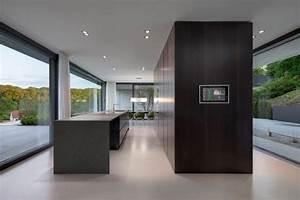 Moderne Innenarchitektur Einfamilienhaus : einfamilienhaus wohnen mit weitblick modern k che ~ Lizthompson.info Haus und Dekorationen