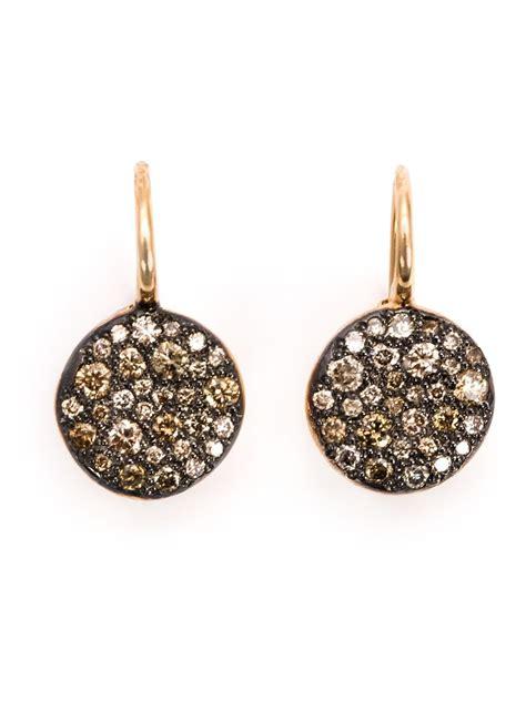 re pomellato pomellato sabbia drop earrings in metallic lyst