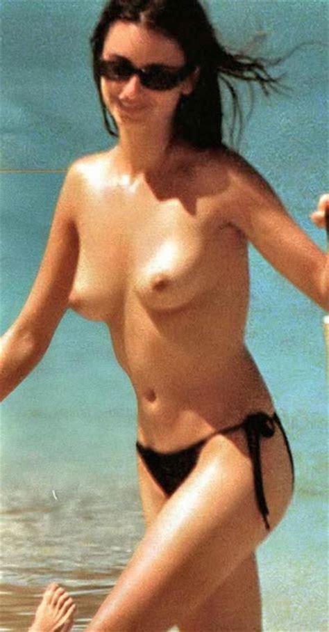 Nude Beach Penelope Cruz Oops Best Of Celebs