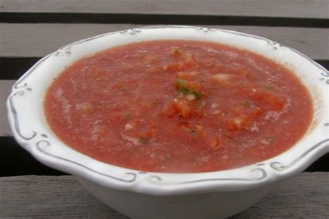 Nothing tastes better than salsa made with fresh tomatoes, but when good tomatoes are not available canned ones make a great substitute. Homemade Salsa Using Canned Tomatoes! Recipe - Low-cholesterol.Food.com   Homemade salsa, Food ...