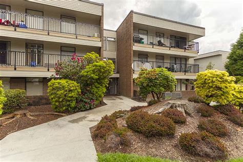 cypress gardens apartments apartments for rent coquitlam cypress gardens apartments