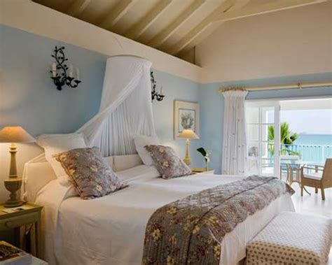 Understanding The Different Types Of Beach Bedroom